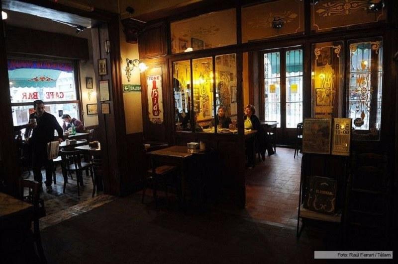 Bares e Cafés