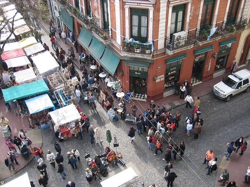 conhecer Buenos Aires Plaza San Telmo