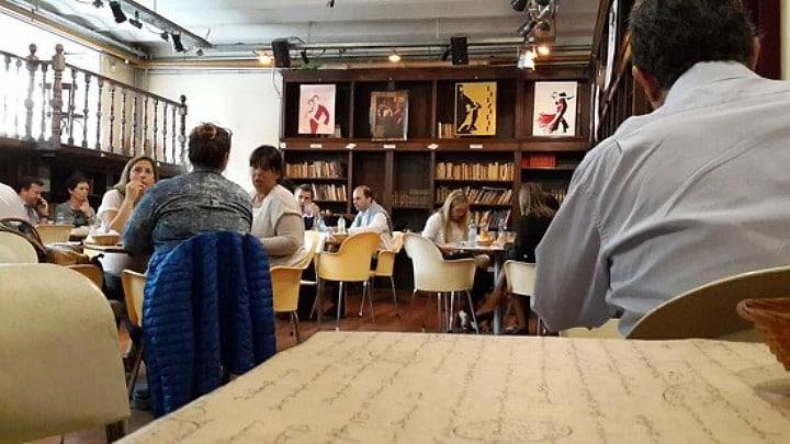 livrarias com cheirinho de café em Buenos Aires